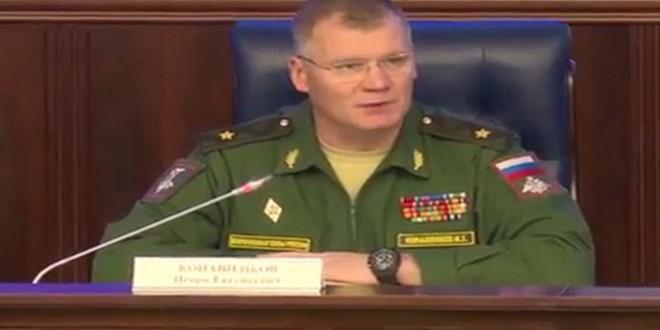"""وزارت دفاع روسیه: آمریکا تنها در حد حرف با گروه تروریستی """"داعش"""" مبارزه می کند"""