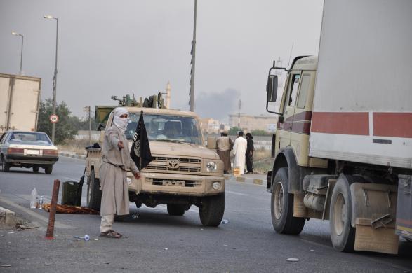 داعش ورودی و خروجیهای شهر موصل را بست
