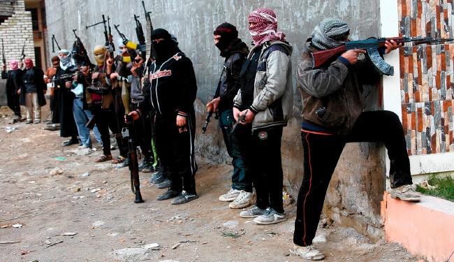 هلاکت دو سرکرده هیئت تحریر الشام در ادلب/ شهادت ۳ کودک در حمله تروریستها به حما