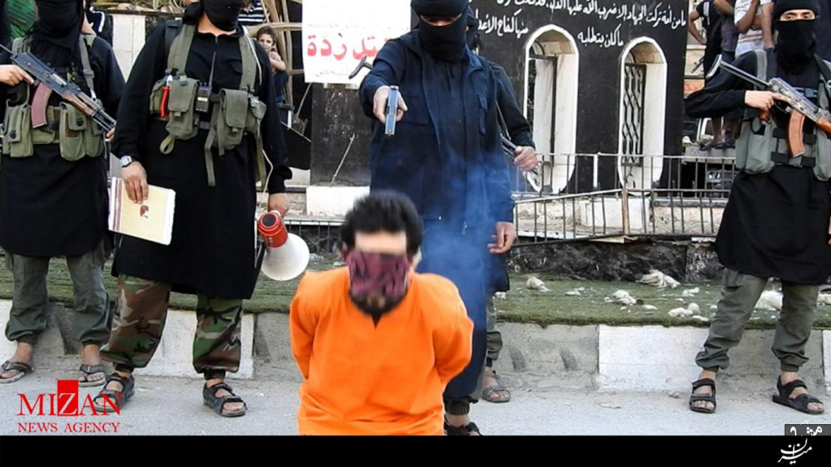داعش یک نفر را در سوریه اعدام کرد + عکس