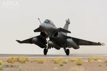 حملات هوایی فرانسه به مقر خلافت داعش پس از حمله تروریستی شهر نیس