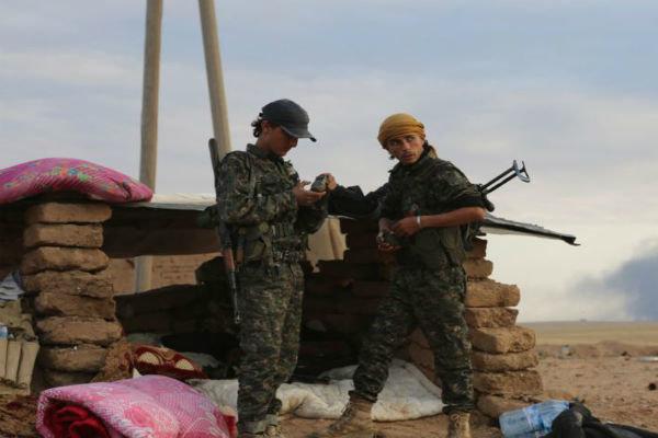گزارش تحلیلی؛ ورود ارتش ترکیه به جرابلس؛مبارزه با داعش یا زمینگیر کردن کُردها؟
