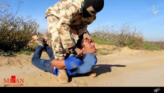 """اعدام فجیع ۱۶ قربانی داعش در """"ولایت سینا"""" + فیلم (۱۶+)"""