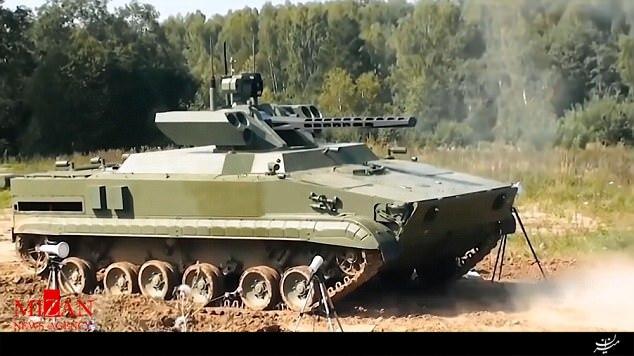 رونمایی از بزرگترین ربات جنگی جهان/تانک بدون سرنشین ویخر را بشناسید+تصاویر