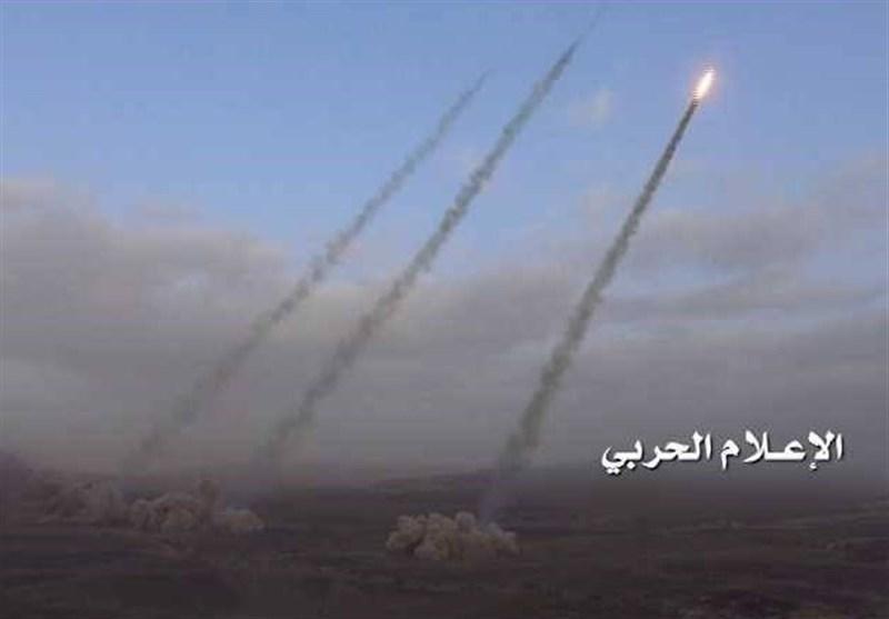 شلیک موشک بالستیک ارتش یمن به مواضع مزدوران عربستان/هلاکت ۳۰ مزدور