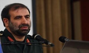 سردار آبرومند: از تمام ظرفیتها برای پیروزی در سوریه استفاده میکنیم/سپهبد ایوب: با کمک سپاه و حاج قاسم سلیمانی پیروزیهای بزرگی بدست آوردیم