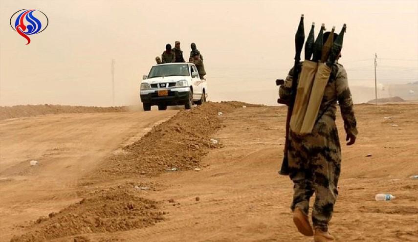 اسپوتنیک: داعش نیروهای خود را برای حمله به مرزهای عراق با سوریه و اردن آماده کرده است