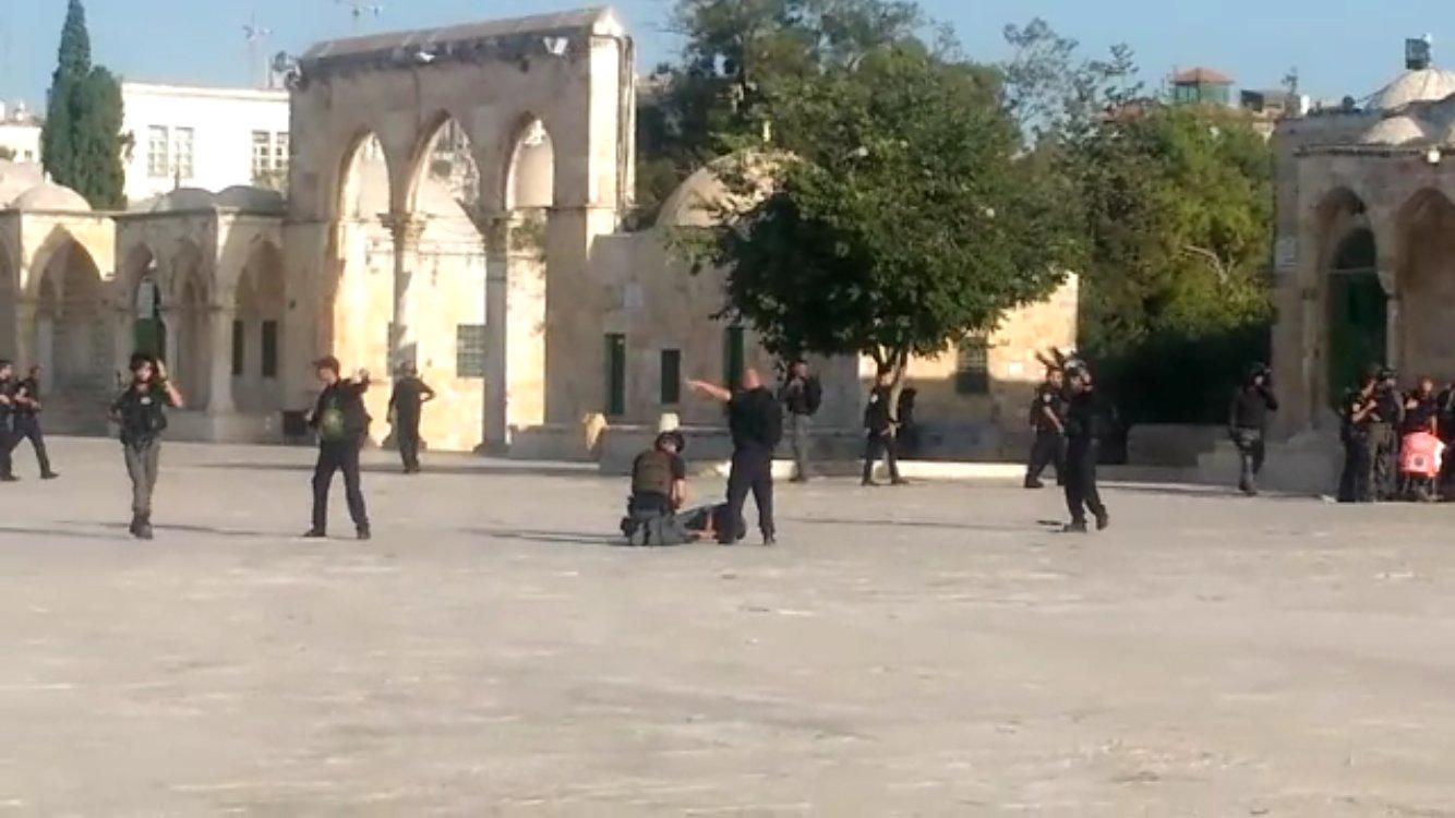 عملیات استشهادی فلسطینیها در مسجدالاقصی/ هلاکت دو نظامی صهیونیست+ تصاویر