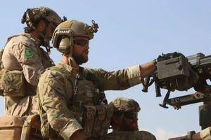 آغاز فعالیت مستشاران نظامی آمریکا در پایگاه اصلی داعش در سوریه