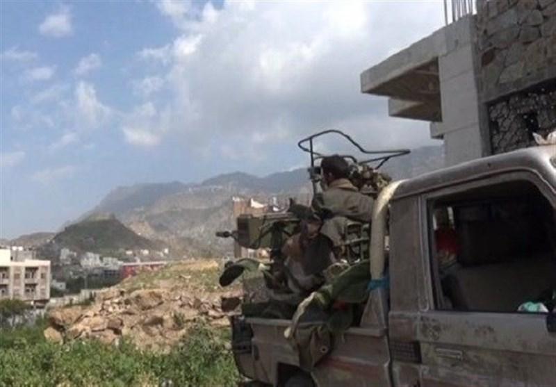 نیروهای یمنی حملات مکرر مزدوران را دفع کردند/ کشته و زخمی شدن دهها مزدور