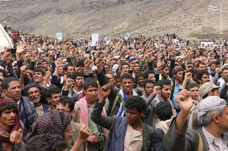 عکس/ لبیک میلیونی مردم یمن به دعوت رهبر انصارالله