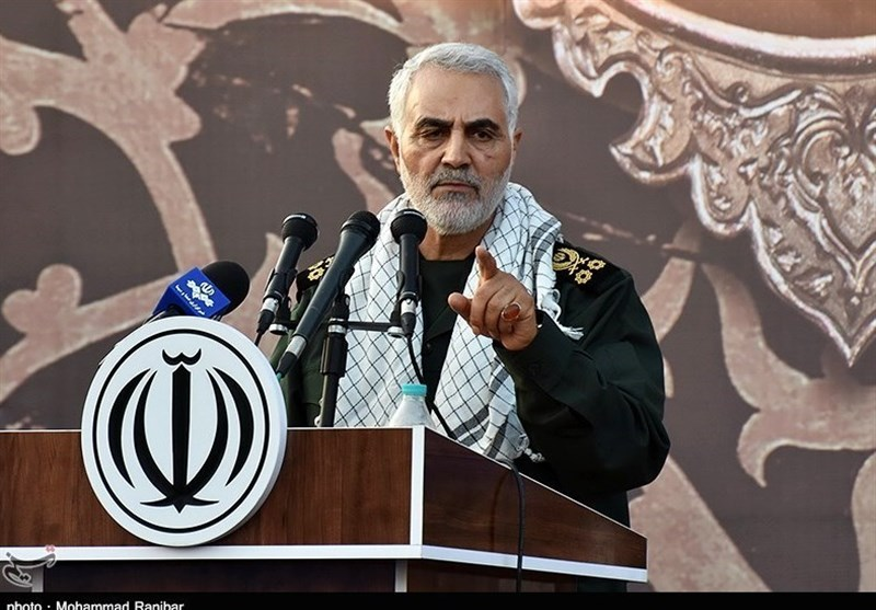 سردار سلیمانی: ایران با اقتدار در برابر اسرائیل ایستاده/ تکفیریها ۷ هزار انتحاری داشتند
