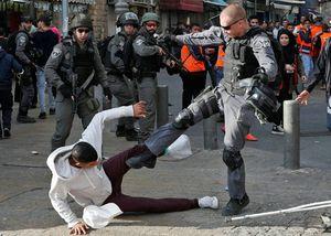 شهادت ۹۸ فلسطینی در عملیاتهای ضداسرائیلی سال گذشته میلادی/ در سال ۲۰۱۷ چند صهیونیست در عملیاتهای شهادت طلبانه فلسطینیها به هلاکت رسیدند +تصاویر