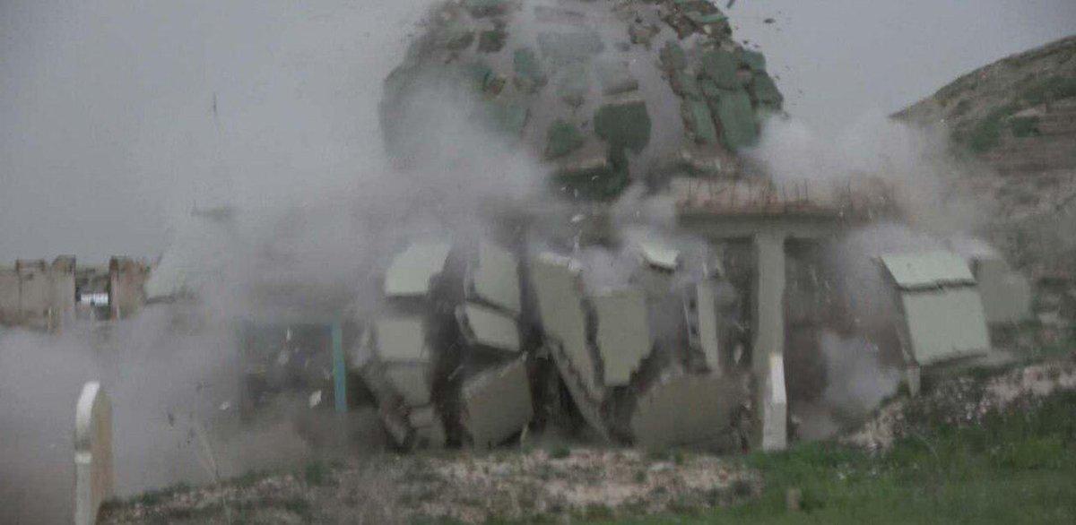 داعش آرامگاه یک شخصیت صوفی در کرکوک را منفجر کرد + عکس