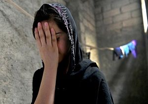 دختران و زنان شیعی که تازیانه زده شدند/فروش ۱۷ دختر ایزدی در اولین بازار برده فروشان
