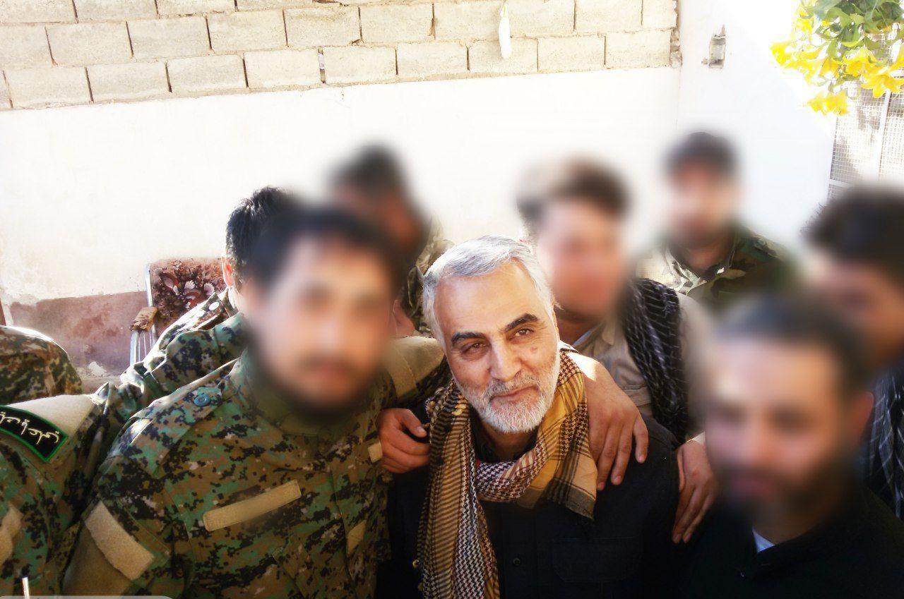 جدیدترین عکس از حضور حاج قاسم سلیمانی در سوریه