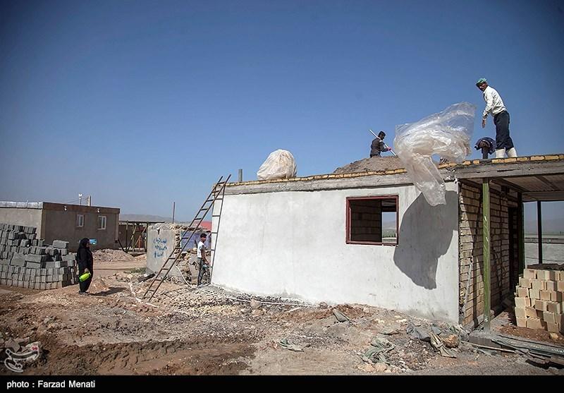 اشتغالزایی سپاه برای زلزلهزدگان غرب کشور + عکس