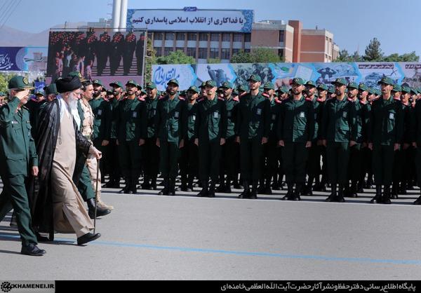 حضور فرمانده کل قوا در دانشگاه امام حسین (ع)