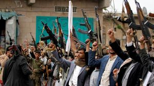جنگ جهانی تمام عیار در سواحل غربی یمن/ تکذیب خبر تسلط نیروهای شورشی بر فرودگاه الحدیده + آخرین نقشه میدانی