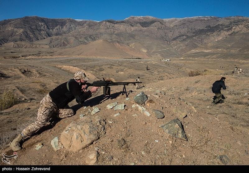 سپاه یک تیم تروریستی را در غرب کشور منهدم کرد/ هلاکت ۳ تروریست و شهادت یک بسیجی