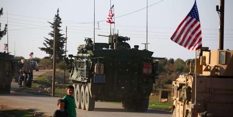 ائتلاف آمریکا ۱۹۰۰ کامیون سلاح و تجهیزات نظامی وارد دیرالزور سوریه کرده است