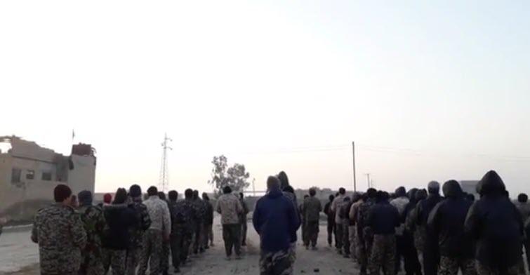 ویدیو   زمزمه دعای فرج توسط مدافعان حرم