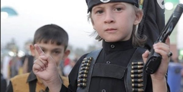 آلمان نخستین گروه از کودکان اعضای داعش را پذیرفت