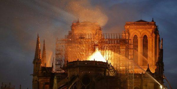 گروه نزدیک به داعش تهدید به آتش زدن کلیسا کرد