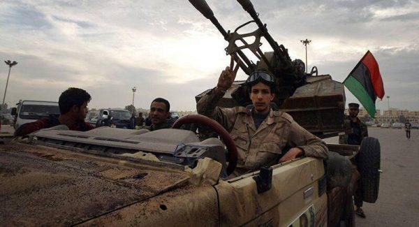 هزار و ۳۰۰ کشته و زخمی نتیجه ۱۹ روز درگیری سنگین در حومه پایتخت لیبی/ نیروهای ژنرال حفتر با شهر طرابلس چقدر فاصله دارند؟+ نقشه میدانی و عکس