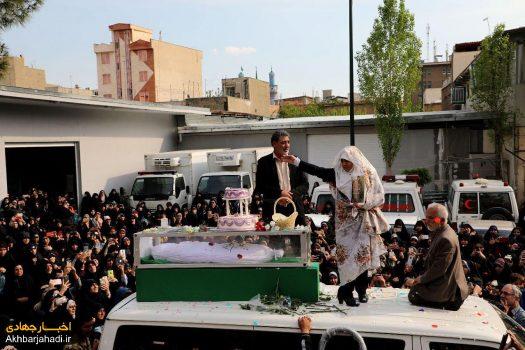 مادر شهید مدافع حرم مجید قربانخانی، مراسم عقد پسرش را در معراج شهدا برگزار کرد