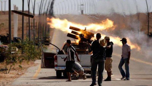 آخرین تحولات میدانی لیبی/ توقف پیشروی نیروهای ژنرال حفتر در حومه پایتخت/ جان یک میلیون نفر در شهر طرابلس در معرض خطر + نقشه میدانی و عکس