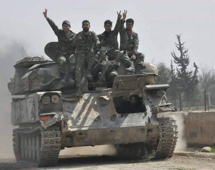 روایت یک منبع میدانی از آنچه در جنوب استان ادلب سوریه گذشت/ پایان رجزخوانیهای تروریستها در شهرکی که این روزها سر و صدای زیادی به پا کرده است + نقشه میدانی و عکس