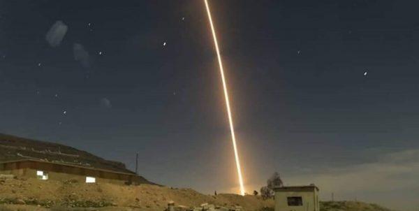 پدافند هوایی سوریه« موشک دشمن» را بر فراز «مصیاف» منهدم کرد