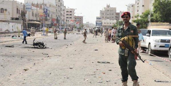 تانکها در خیابانهای عدن؛ روز دوم درگیری نیابتی عربستان و امارات