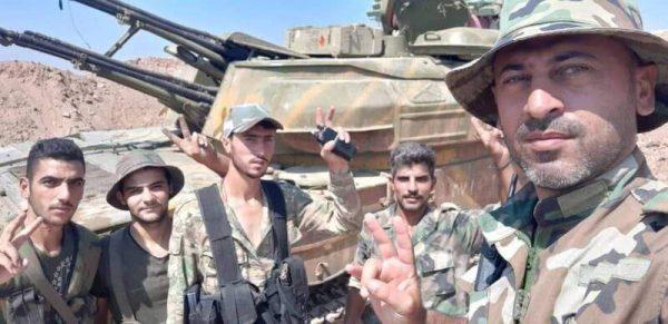 شمال استان حماه ۲۴ ساعت پس از شروع عملیات «مادر نبردها»/ گام بلند نیروهای ارتش سوریه برای کوبیدن آخرین میخ بر تابوت تروریستها + نقشه میدانی و عکس