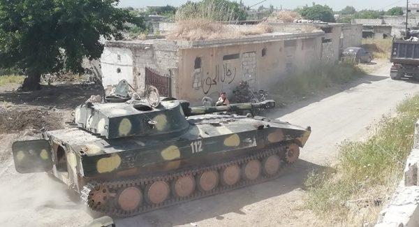 نفس تروریستها در جنوب استان ادلب به شماره افتاد/ نیروهای ارتش سوریه در ۳ کیلومتری غرب شهر «خان شیخون» + نقشه میدانی و عکس