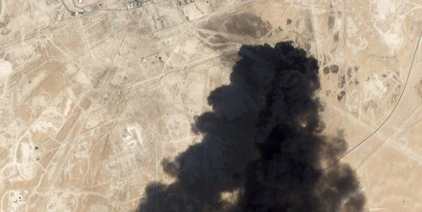 عکس| ۱۹ نقطه از پالایشگاههای سعودی در حملات پهپادی یمن آسیب دیده است
