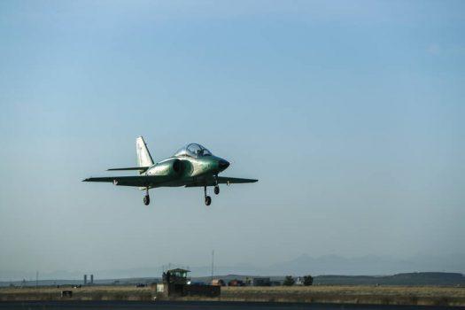 خلبانان کشور با «یاسین» به عصر جدید نظامی وارد شدند/ ایران هشتمین سازنده جت آموزشی بومی در جهان شد +عکس