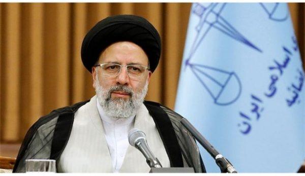 اهلا خادم الرضا در استقبال از آیتالله رئیسیترند نخست توییتر عراق شد