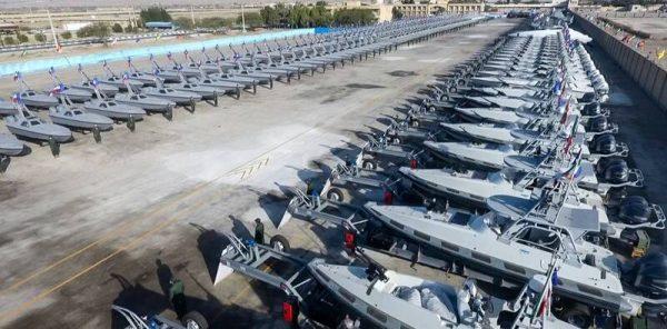 جهش بزرگ قدرت دریایی سپاه با تحویل ۴۵۰ شناور و ۲۰۰ پهپاد در سال جاری/ «سریعترین شناور جهان» به موشک کروز مجهز شد +عکس