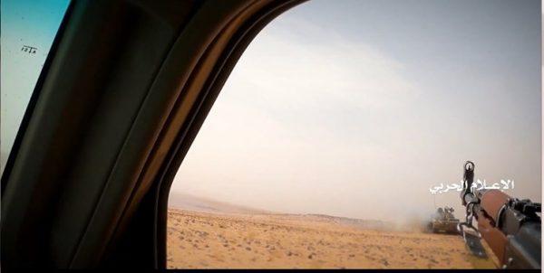 فرار تانکهای ائتلاف سعودی از کلاشینکف یمنیها + فیلم
